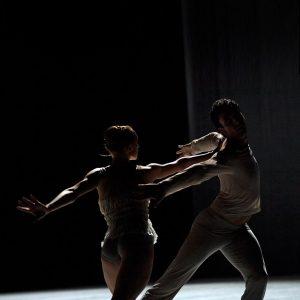 Natalia Sologub, Raphaël Coumes-Marquet - The Grey Area - Semperoper Ballett - photo © Costin Radu
