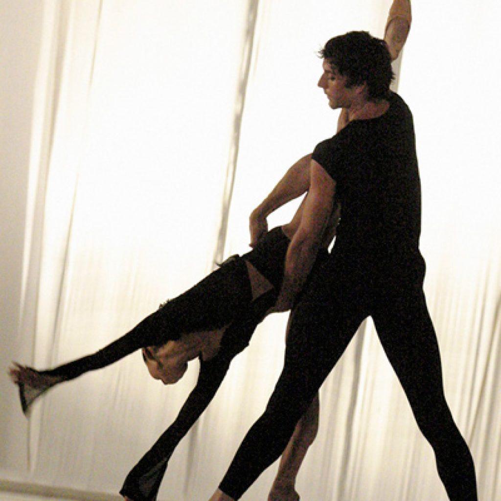 Yumiko Takeshima, Raphaël Coumes-Marquet - Morning Ground - Dutch National Ballet - photo © Joris-Jan Bos