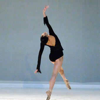Yumiko Takeshima - Morning Ground - Dutch National Ballet - photo © Costin Radu