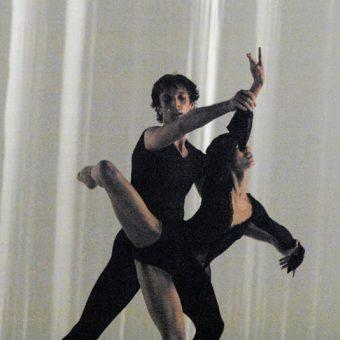 Raphaël Coumes-Marquet, Yumiko Takeshima - Morning Ground - Dutch National Ballet - photo © Joris-Jan Bos