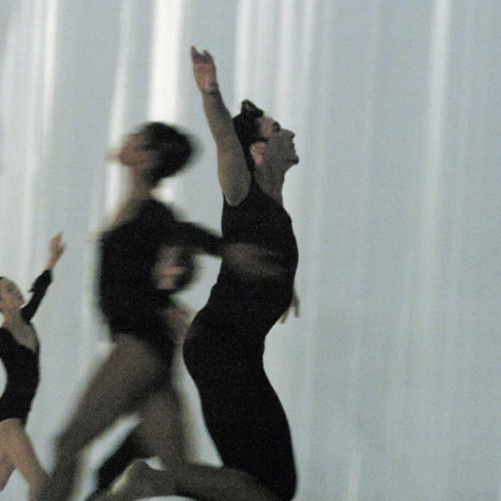 Yumiko Takeshima, Marisa Lopez, Raphaël Coumes-Marquet - Morning Ground - Dutch National Ballet - photo © Joris-Jan Bos