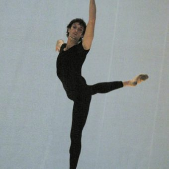 Raphaël Coumes-Marquet - Morning Ground - Dutch National Ballet - photo © Joris-Jan Bos