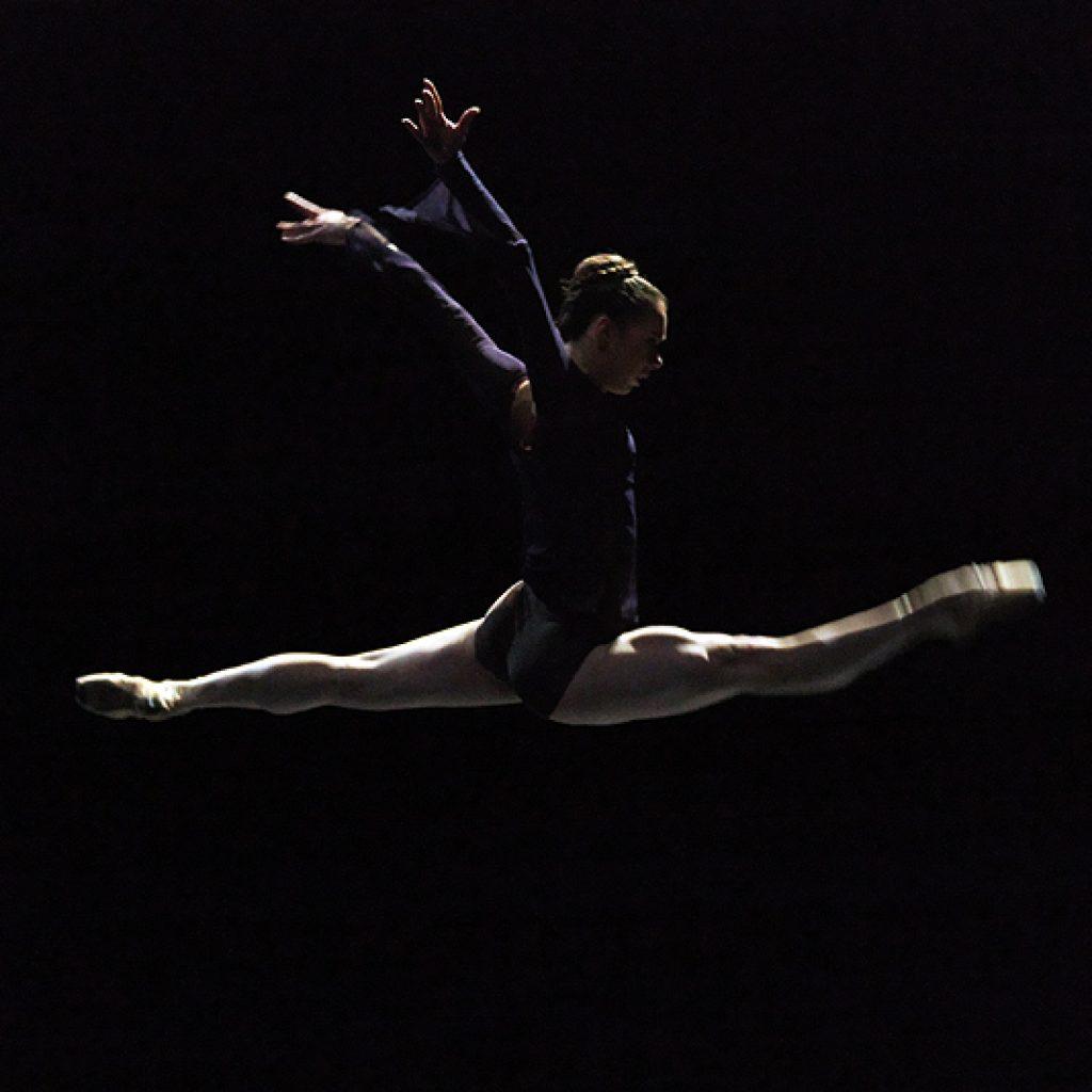 Vera Tsyganova - Reverence - Dutch National Ballet - photo © Costin Radu