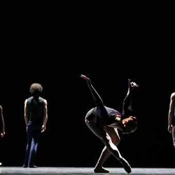 Ensemble - Reverence - Semperoper Ballett - photo © Costin Radu