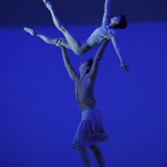 Yumiko Takeshima, Raphaël Coumes-Marquet - The Gentle Chapters - Dutch National Ballet - photo © Angela Sterling