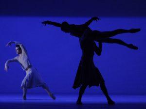 Cedric Ygnace, Ruta Jezerskyte, Steven Etienne - The Gentle Chapters - Dutch National Ballet - photo © Angela Sterling