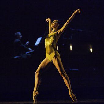 Yumiko Takeshima - A Sweet Spell of Oblivion - Semperoper Ballett - photo © Costin Radu