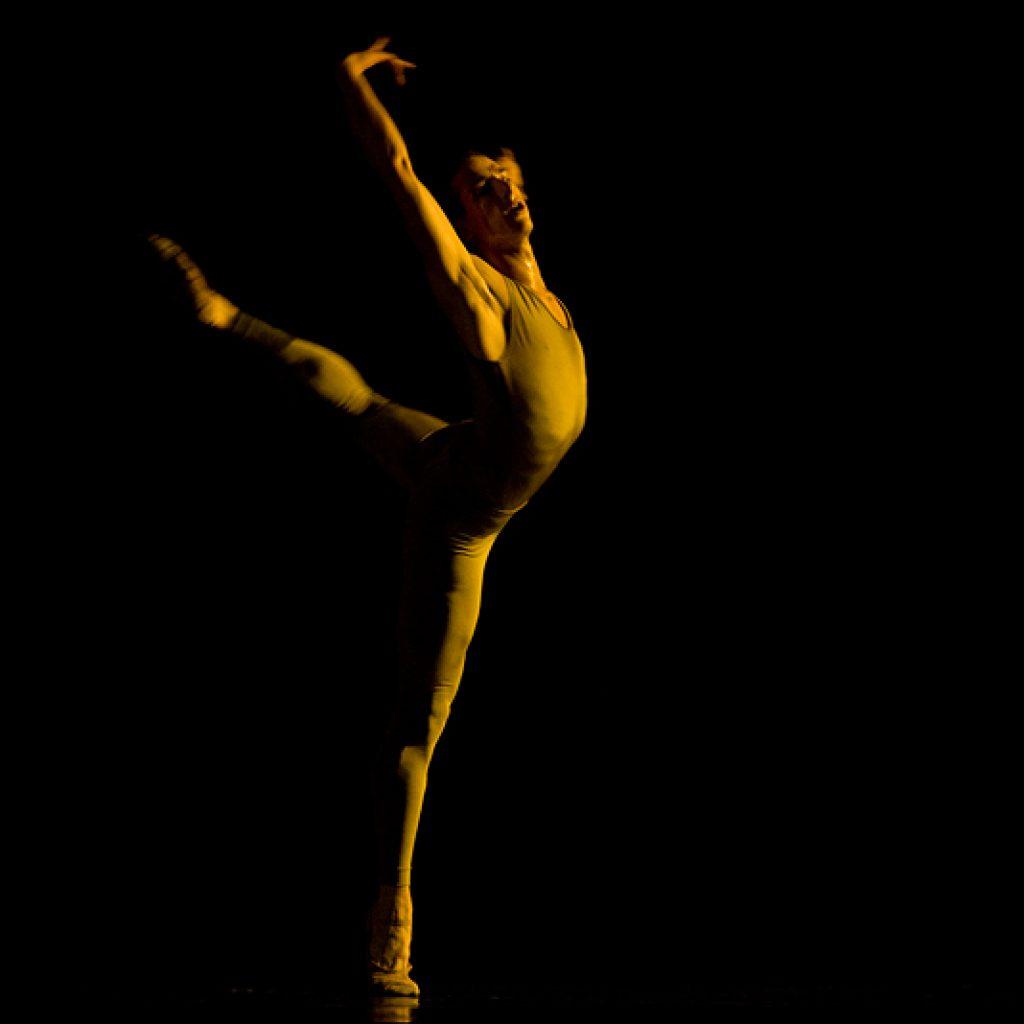 Claudio Cangialosi - A Sweet Spell of Oblivion - Semperoper Ballett - photo © Costin Radu