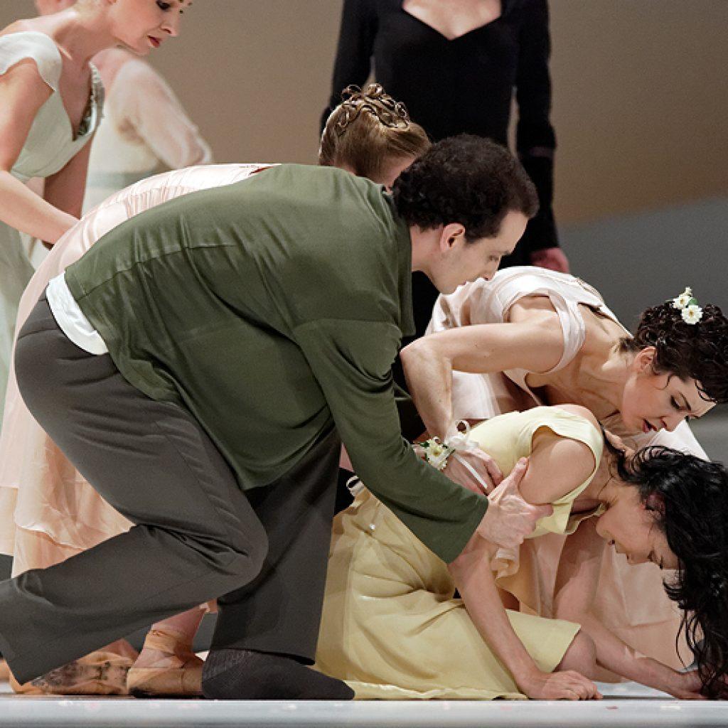 Jiří Bubeníček, Rachel Martínez, Yumiko Takeshima - Giselle - Semperoper Ballett - photo © Costin Radu