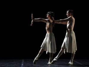 Raphaël Coumes-Marquet, Esteban Berlanga - Faun(e) - Semperoper Ballett - photo © Costin Radu