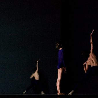 Alain Honorez, Courtney Richardson, Wim VanlessenAlain Honorez, Courtney Richardson, Wim Vanlessen - The Third Light - Royal Ballet of Flanders - photo © Costin Radu
