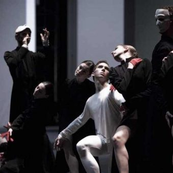 Ensemble - timelapse/(Mnemosyne) - Dutch National Ballet - photo © Angela Sterling