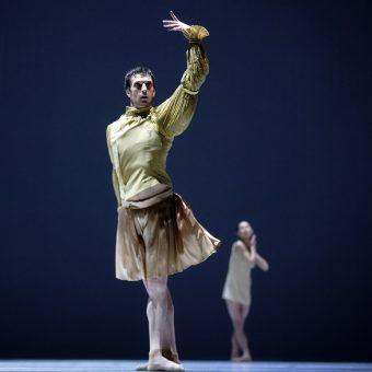 Raphaël Coumes-Marquet - The World According to Us - Semperoper Ballett - photo © Costin Radu
