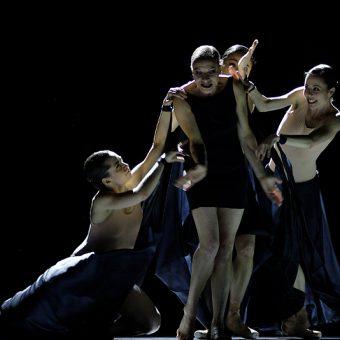 Duosi Zhu, Kate Strong, Chantelle Kerr - The World According to Us - Semperoper Ballett - photo © Costin Radu