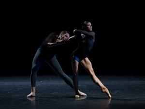 Raphaël Coumes-Marquet, Courtney Richardson - Opus.11 - Semperoper Ballett - photo © Costin Radu