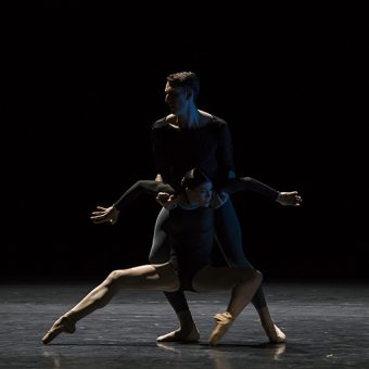 Raphaël Coumes-Marquet, Courtney Richardson - Opus.11 - Semperoper Ballett - photo © Costin Radu