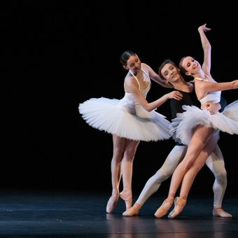 Emilie Tassinari, Joey Masserelli, Melissa Chapski - 5 - Dutch National Ballet