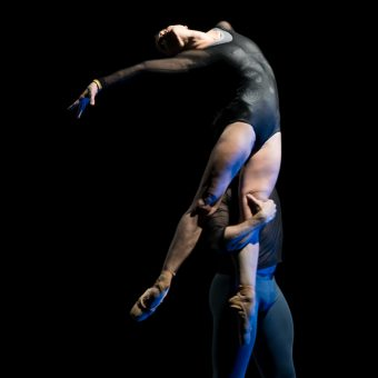 Courtney Richardson, Raphaël Coumes-Marquet - Opus.11 - Semperoper Ballett - photo © Costin Radu