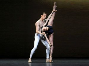 Lauren Cuthbertson, Edward Watson - The Human Seasons - The Royal Ballet - photo © Emma Kauldhar