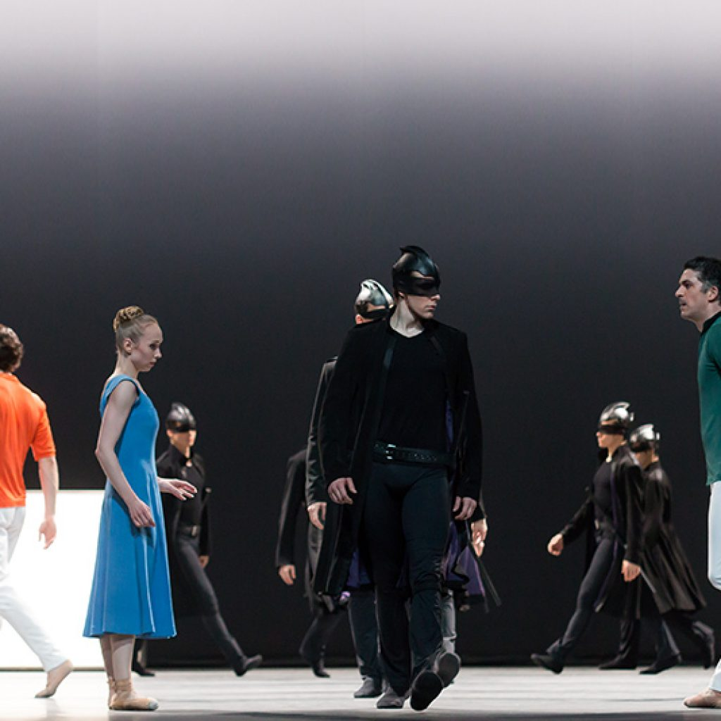 Ensemble - Tristan + Isolde - Semperoper Ballett - photo © Ian Whalen