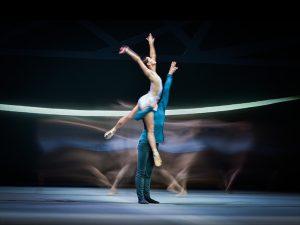 Sophie Martin, Chris Harrison - Swan Lake - Scottish Ballet - photo © Rimbaud Patron