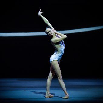 Sophie Martin - Swan Lake - Scottish Ballet - photo © Rimbaud Patron