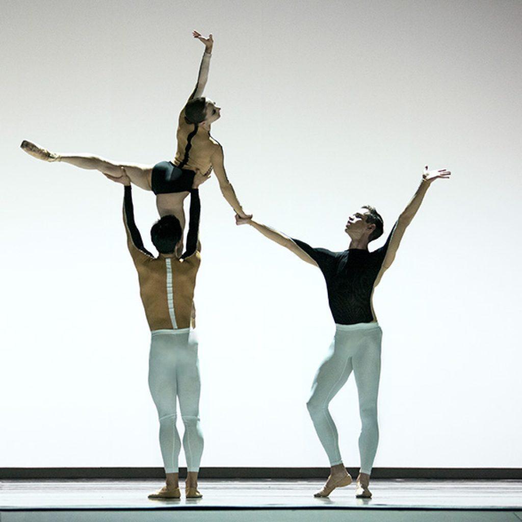Maria Kochetkova, Wei Wang, Henry Sidford - Anima Animus - San Francisco Ballet - Photo © Erik Tomasson